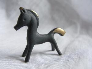 horse_e07.jpg